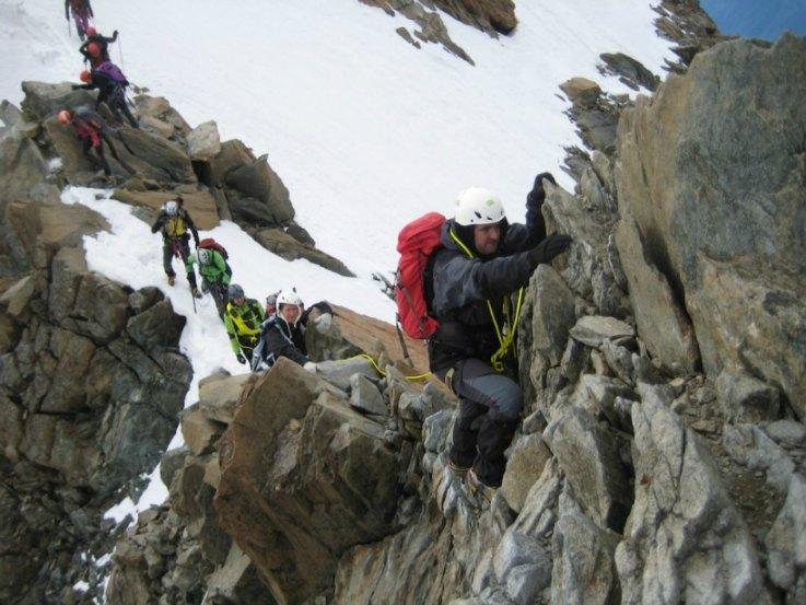 Arrampicata cresta Monte Disgrazia (foto CAI SONDRIO)