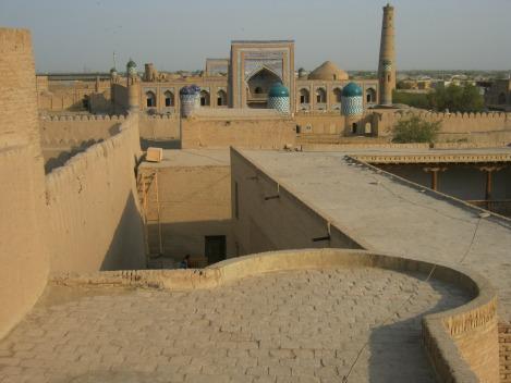 Vado in uzbekistan eh dov 39 che vai fringe in travel for Dentro le mura