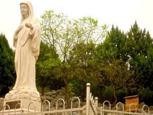 Perché visitare Medjugorje? 10 laici motivi (Bosnia #1)