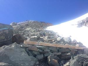 Trekking tosti? Rifugio Guide d'Ayas, 3420 metri #Monterosa 1