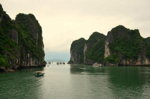 Baia di Halong: quali i contro di una delle 7 meraviglie naturali? (#Vietnam)