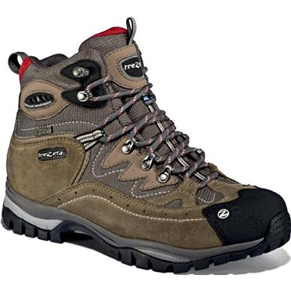 scarpe trekking montagna 01