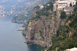 Sei in Costiera Amalfitana, non puoi farci niente!