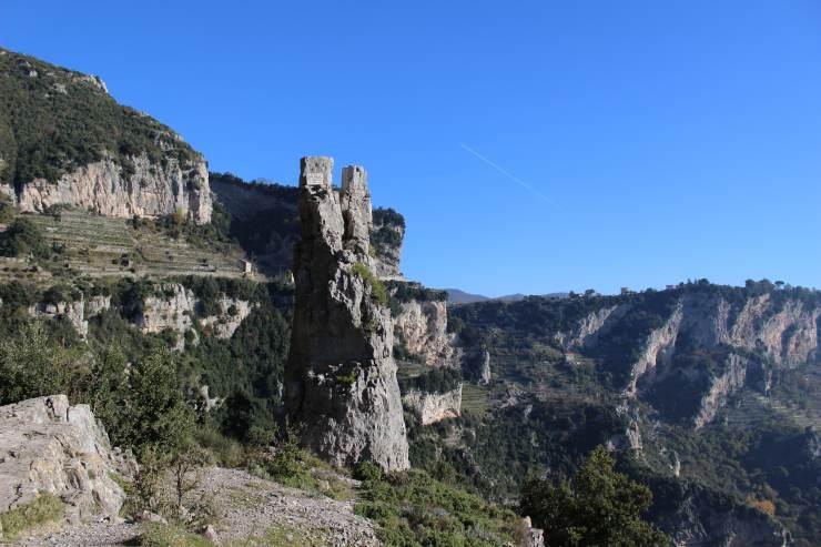 sentiero degli dei panorama mozzafiato trekking