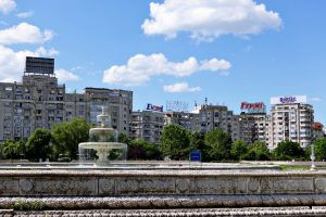 Viaggiare da sola a Bucarest: come organizzarsi e cosa sapere