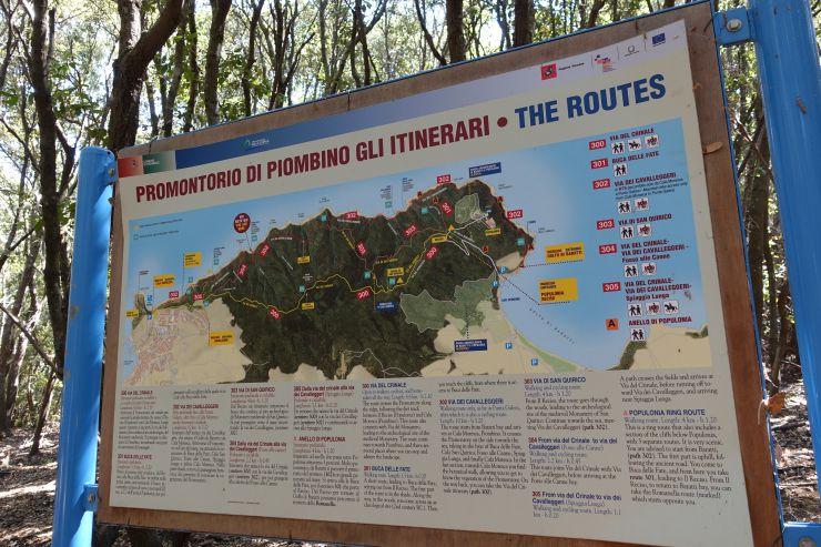 Trekking in Toscana vista mare mappa