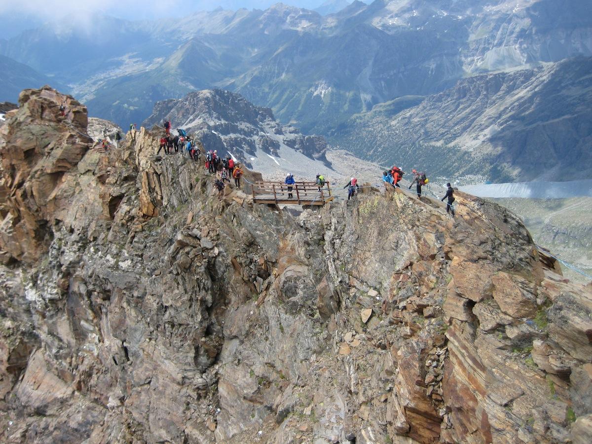 Cresta per rifugio Quintino Sella - Castore. Attrezzata (foto CAI SONDRIO)