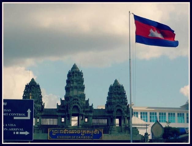 La linea di frontiera tra Thailandia e Cambogia a Poipet