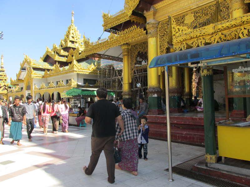 shwedagon pagoda birmania
