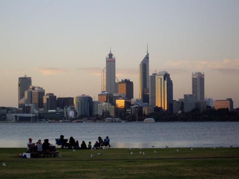 Perth_view_city