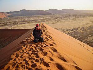 Vedere l'alba a Sossusvlei in Namibia e scalare la duna 45