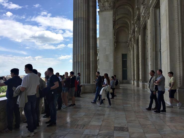 balcone palazzo parlamento bucarest ex casa popolo
