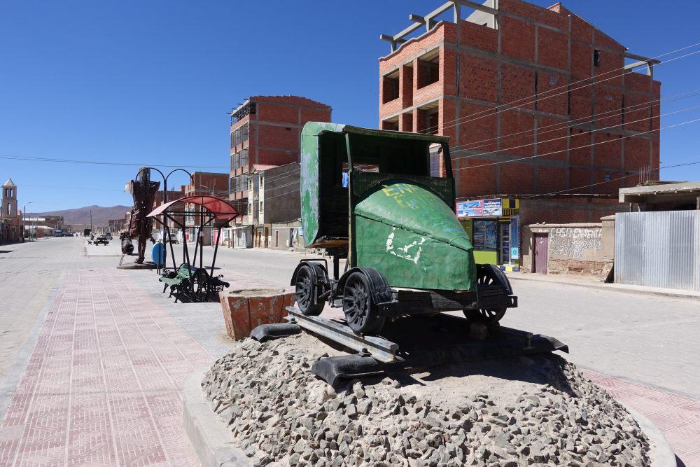 uyuni casa in costruzione bolivia