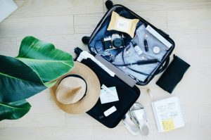 Cosa portare in viaggio? 10 cose da avere nel bagaglio a mano