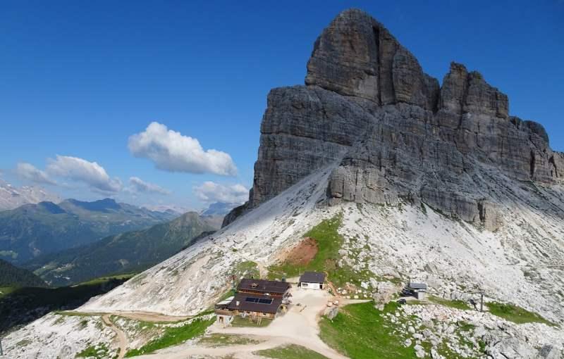 alta via delle dolomiri 17 Rifugio e Monte Averau