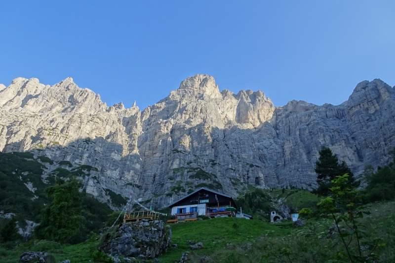 alta via delle dolomiti schiara rifugio 7 alpini