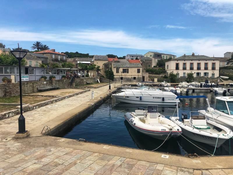 Barcaggio porto