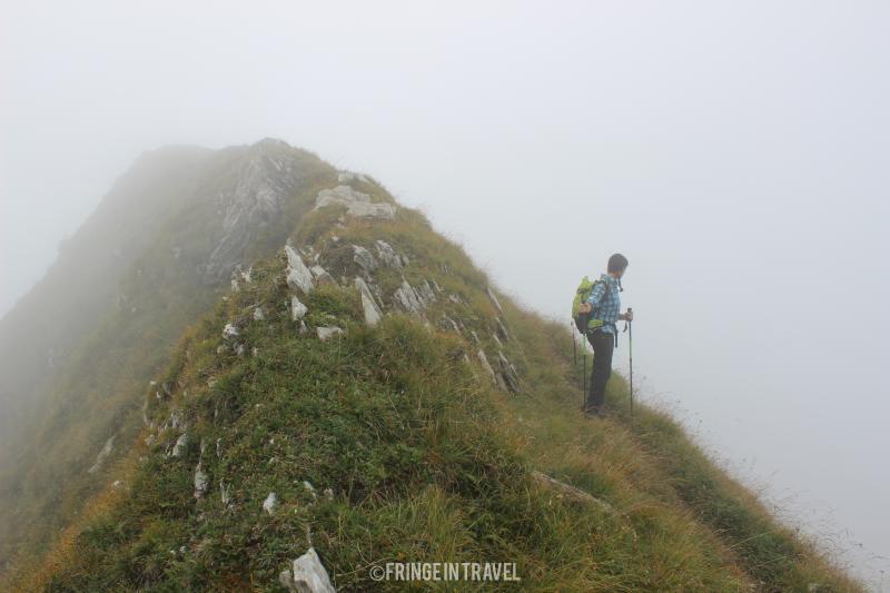 Monte Cadria con la nebbia