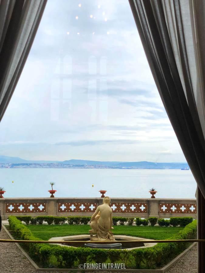 finestra sul mare castello miramare trieste