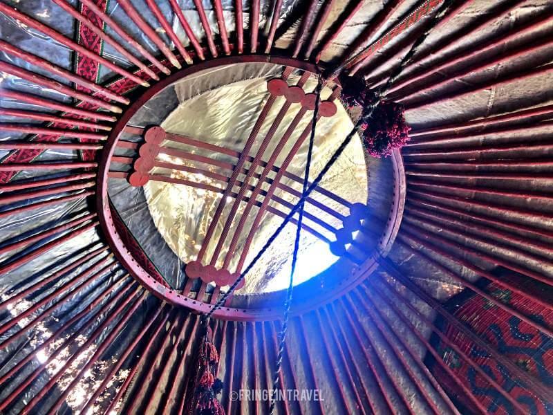 tetto yurta kirghizistan