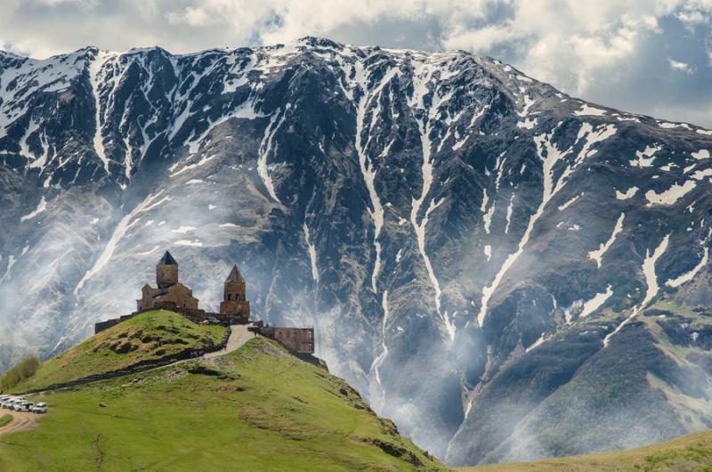 trekking caucaso kazbergi chiesa tsaminda