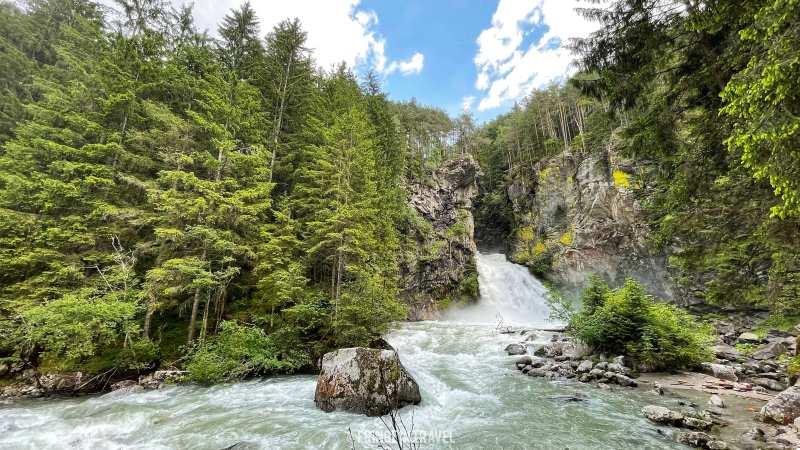 Cascate-di-riva-Valle-Aurina